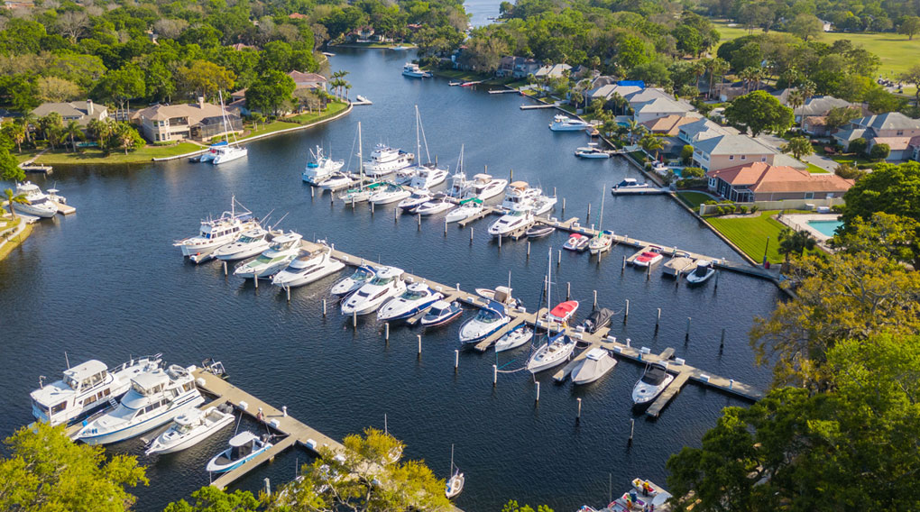 Queen's Harbour Yacht & Country Club Marina
