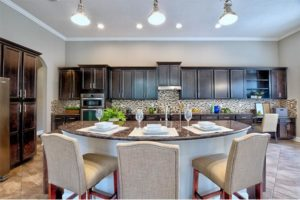 HOME STAGING KITCHEN