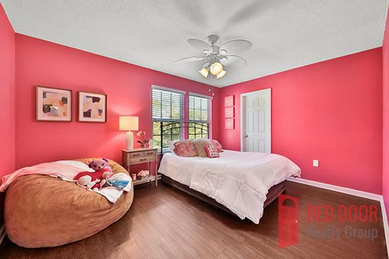 14139 Corrine Cir bedroom